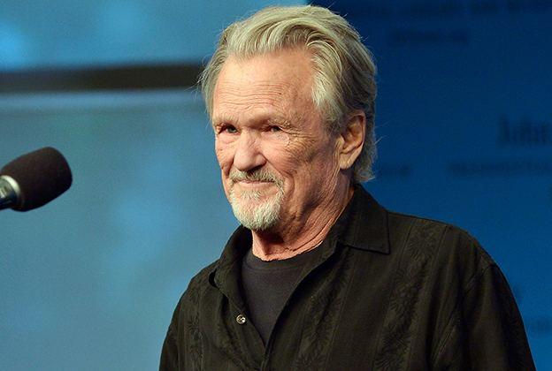 Kris Kristofferson Kris Kristofferson Stuns PEN Awards With Impromptu
