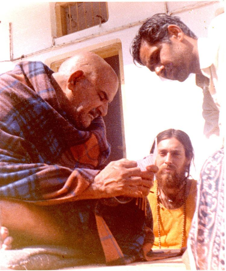 Krishna Das (singer) This Is Krishna Das The Grammy Nominated American Singer Of Hindu