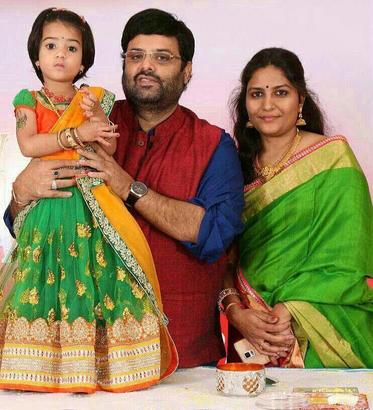 Krishnudu Actor Krishnudu Family Photos Lovely Telugu
