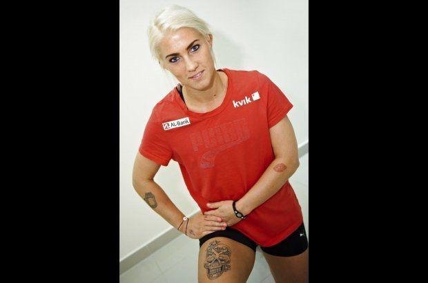Kristina Kristiansen Frkt eller forfrdeligt Se VMs 39Miss Tattoo39 og hendes