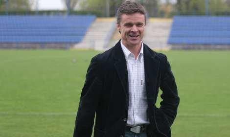 Krzysztof Warzycha Krzysztof Warzycha trenerem Aigaleo Ateny Sport WPPL