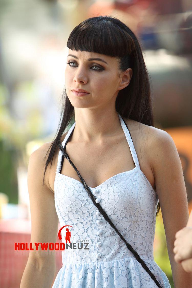 Leilani Dowding,Barbara Anderson (actress) Hot video Stefania Casini,Jada Facer