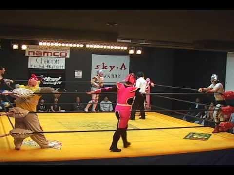 Kuishinbo Kamen Disco Machine Super Delfin Kuishinbo Kamen vs Ebessan Miracle
