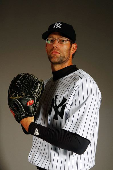 Kyle Farnsworth Kyle Farnsworth Pictures New York Yankees Photo Day Zimbio