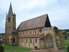 La Bénisson-Dieu httpsuploadwikimediaorgwikipediacommonsthu