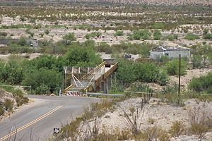 La Linda International Bridge httpsuploadwikimediaorgwikipediacommonsthu