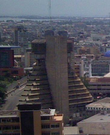 La Pyramide (building) httpsuploadwikimediaorgwikipediacommons99