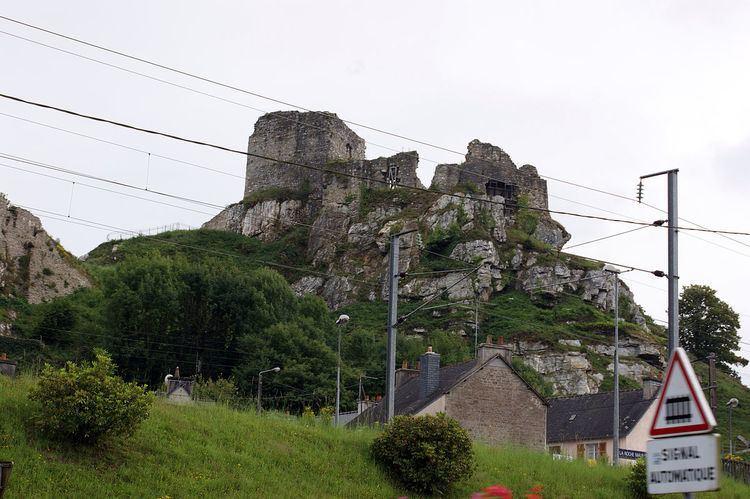 La Roche-Maurice httpsuploadwikimediaorgwikipediacommonsthu
