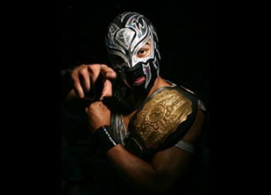La Sombra (wrestler) La Sombra Signs With WWE Wrestling Dreams