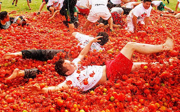 La Tomatina La Tomatina The World39s Biggest Food Fight