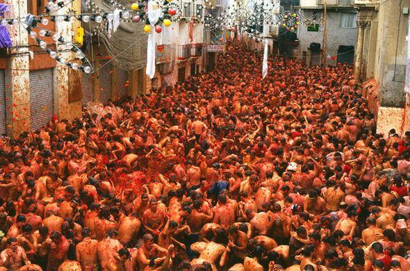 La Tomatina La Tomatina festival 2016 Inside the world39s biggest food fight
