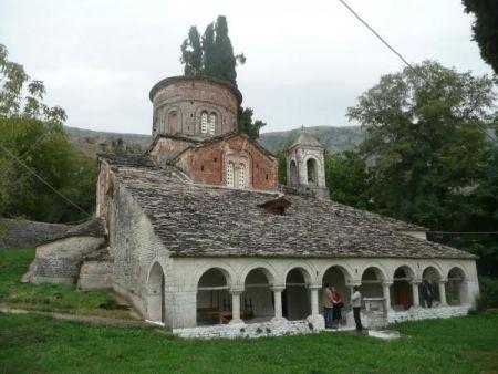Labova e Kryqit Biserica Sfanta Maria din Labova e Kryqit