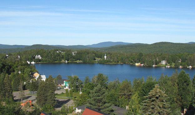 Lac-Beauport, Quebec httpsuploadwikimediaorgwikipediacommonsee