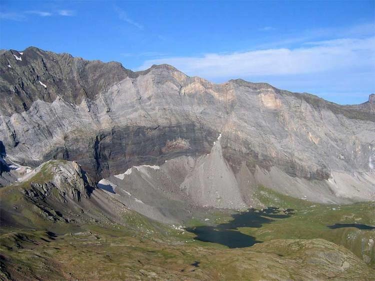 Lac de Barroude wwwlacsdespyreneescom65aureimageslacsdebar