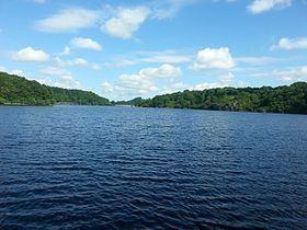 Lac de Chambon httpsuploadwikimediaorgwikipediacommonsthu