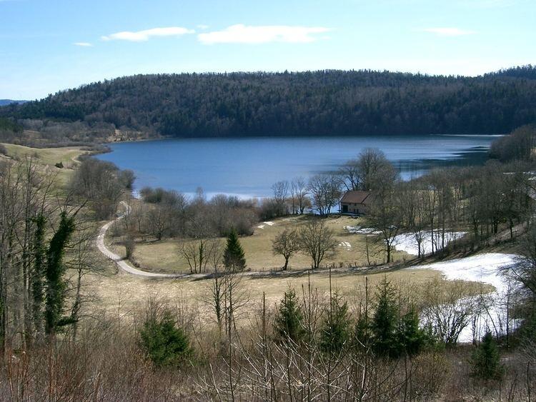 Lac de Narlay httpsuploadwikimediaorgwikipediacommons11