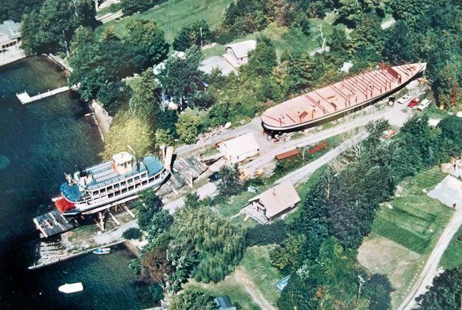 Lac Du Saint Sacrement lakegeorgesteamboatcomassetsimages1986jpg