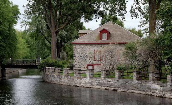 Lachine, Quebec httpsmedia1britannicacomebmedia691552690
