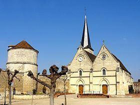 Lacroix-Saint-Ouen httpsuploadwikimediaorgwikipediacommonsthu