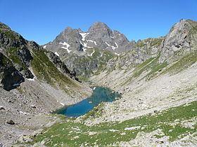 Lacs de Batboucou httpsuploadwikimediaorgwikipediacommonsthu