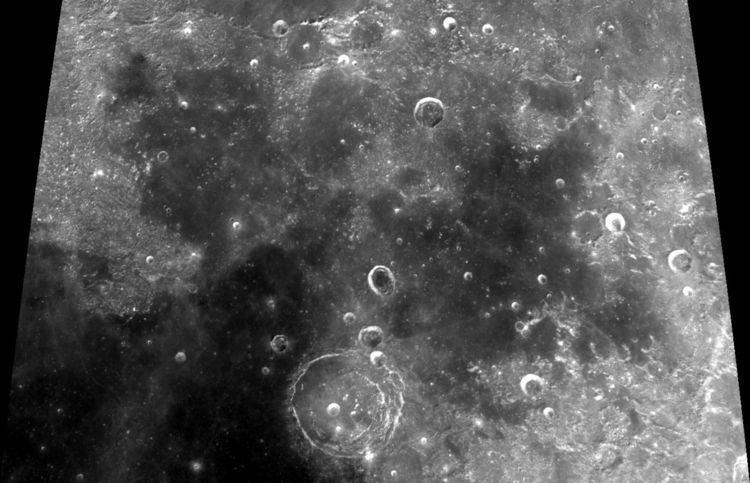 Lacus Somniorum httpsuploadwikimediaorgwikipediacommonsthu