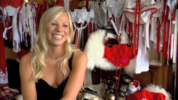 Lacy Schnoor Lacy Schnoor en Bikini para Sports Illustrated YouTube