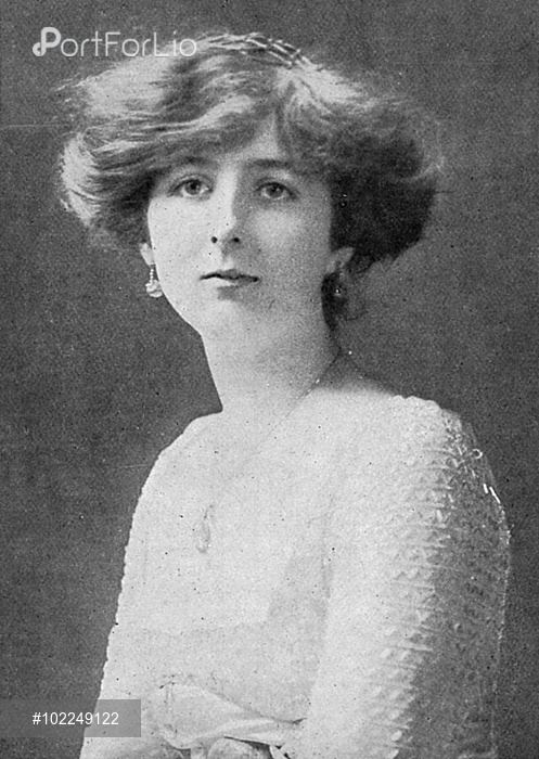 Lady Idina Sackville Lady Idina Sackville at the time of her engagement to Mr