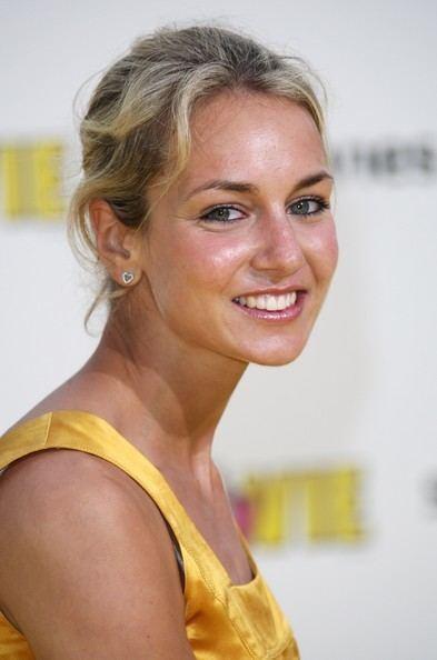 Lady Isabella Hervey www2picturesgizimbiocomLadyIsabellaHerveyS