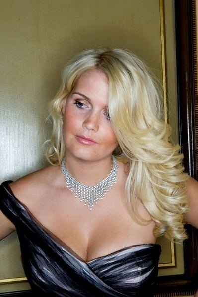 Lady Kitty Spencer Kitty Spencer Lady Kitty Spencer Arriving Westminster Abbey