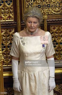 Lady Susan Hussey httpssmediacacheak0pinimgcom236xb8fc91