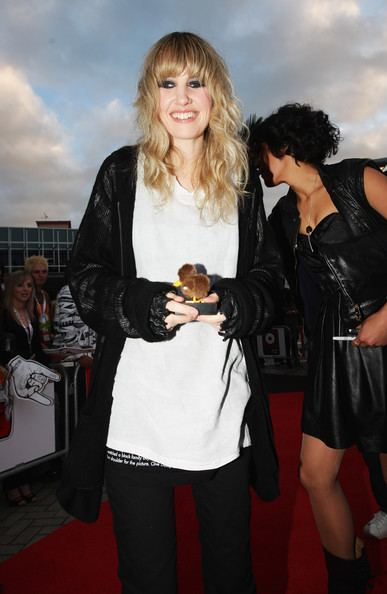 Ladyhawke (musician) Ladyhawke Pictures 2009 Vodafone Music Awards Arrivals