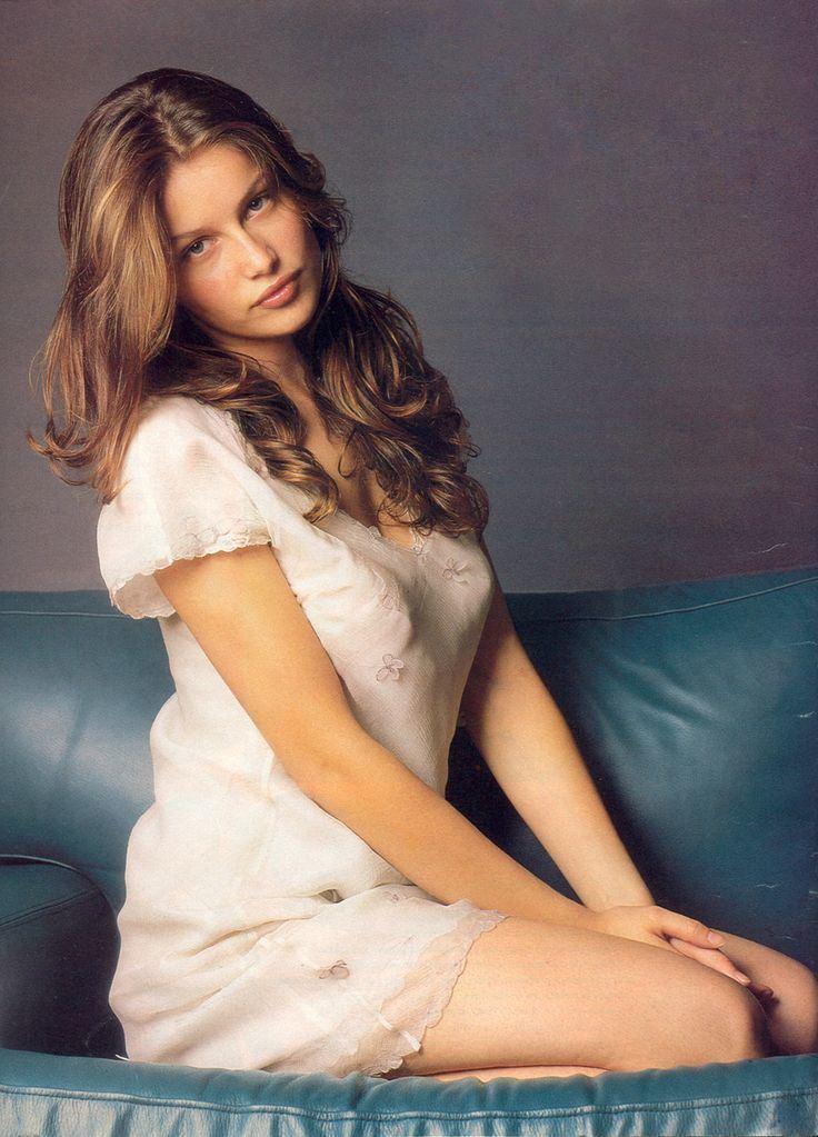 Laetitia Casta 237 best Laetitia Casta images on Pinterest French actress