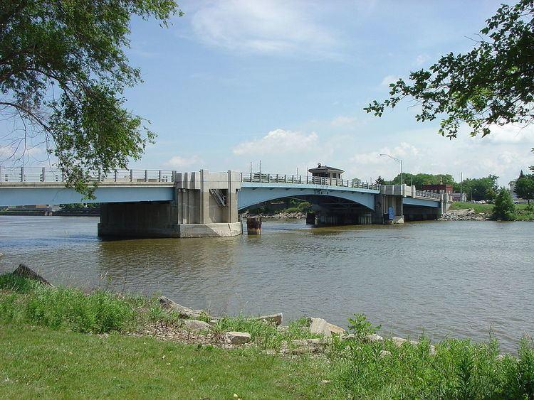 Lafayette Avenue Bridge httpsuploadwikimediaorgwikipediaenthumb0