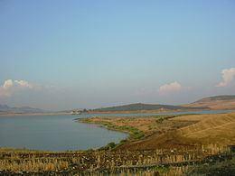 Lago di Ogliastro httpsuploadwikimediaorgwikipediacommonsthu