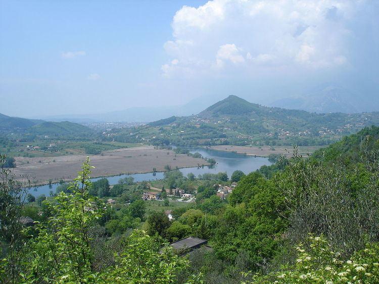 Lago di Posta Fibreno httpsuploadwikimediaorgwikipediacommonsthu
