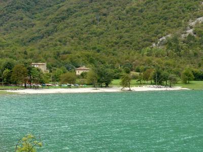 Lago Morto wwwilpalettocomlagomortospiaggiajpg