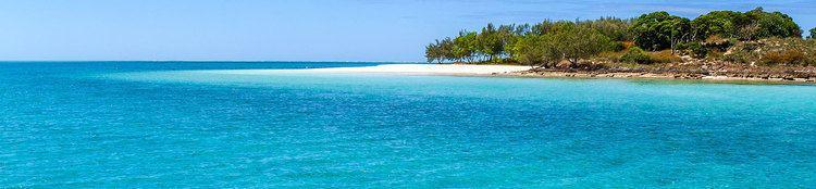 Lagoon Travel to New Caledonia Lagoon