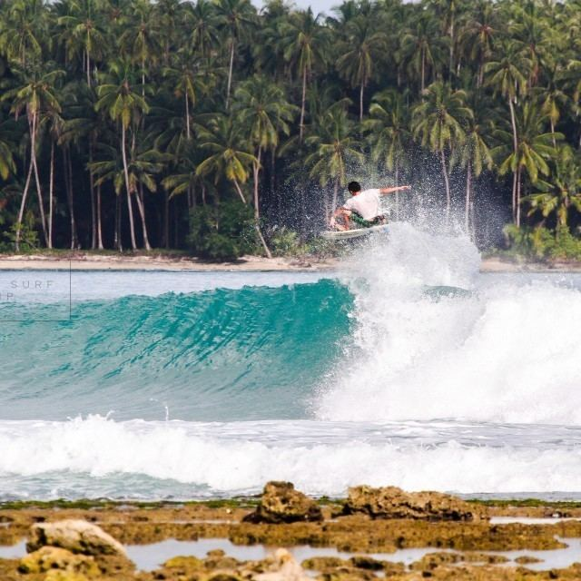 Lagundri Bay Lagundri Bay The Point Surf Report Surf Forecast and Live Surf