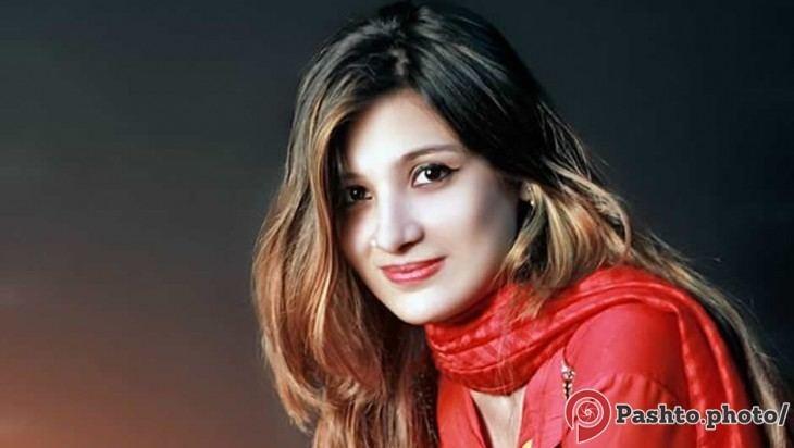 Laila Khan (singer) s1dmcdnnetRia0Gjpg
