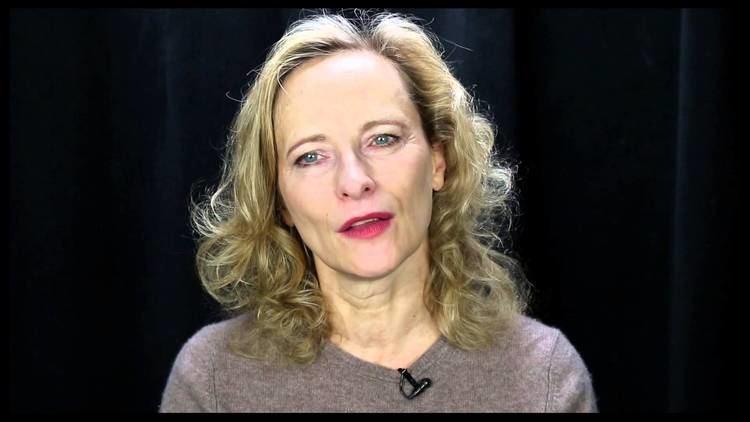 Laila Robins Laila Robins on Why Audiences Should Feel Like They39re