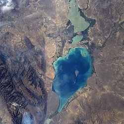 Lake Alakol httpsuploadwikimediaorgwikipediacommonsthu