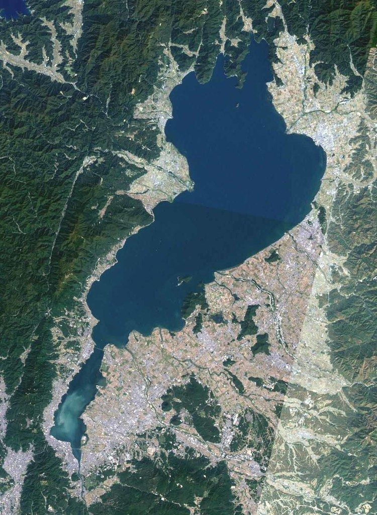 Lake Biwa httpsuploadwikimediaorgwikipediacommonsdd