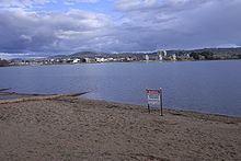 Lake Burley Griffin httpsuploadwikimediaorgwikipediacommonsthu