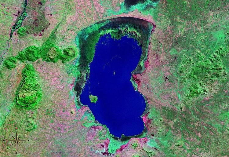 Lake Chilwa httpsuploadwikimediaorgwikipediacommonsdd