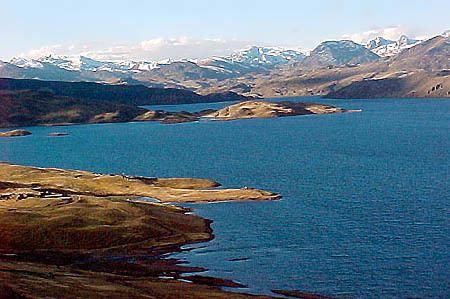 Lake Choclococha wwwgo2perucomdestinoslargeAyaChoclococha3jm