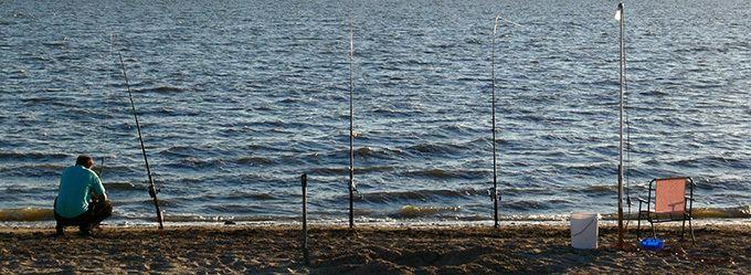Lake Colac wwwotwaybizimageslakecolacfishingjpg