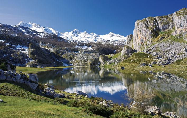 Lake Ercina httpswwwturismoasturiasesdocuments11022363