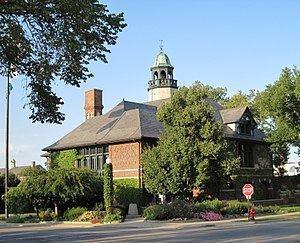 Lake Forest, Illinois httpsuploadwikimediaorgwikipediacommonsthu