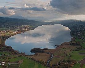Lake Hallwil httpsimages4schweizmobilchimageWL504Hallw