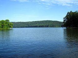 Lake Hamilton and Lake Catherine httpsuploadwikimediaorgwikipediacommonsthu